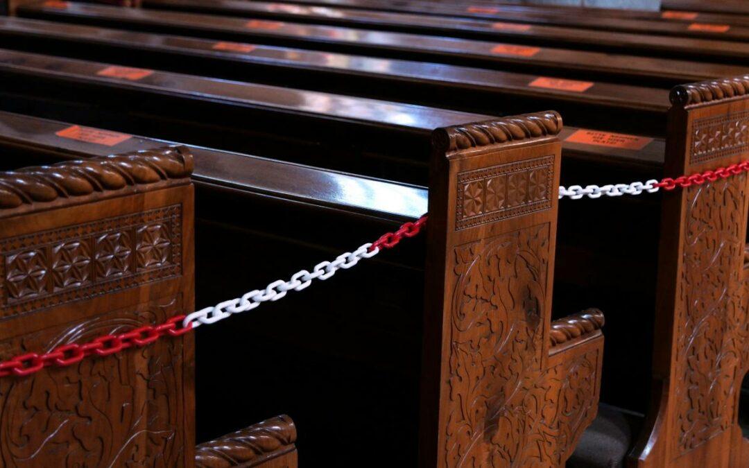 Anmeldepflicht für die Gottesdienste bis Ende Januar; hier finden Sie die Links!